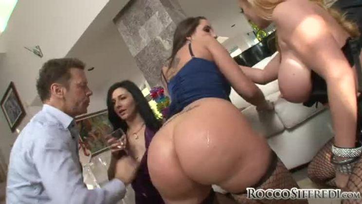 Kelly Madison Titty Fuck
